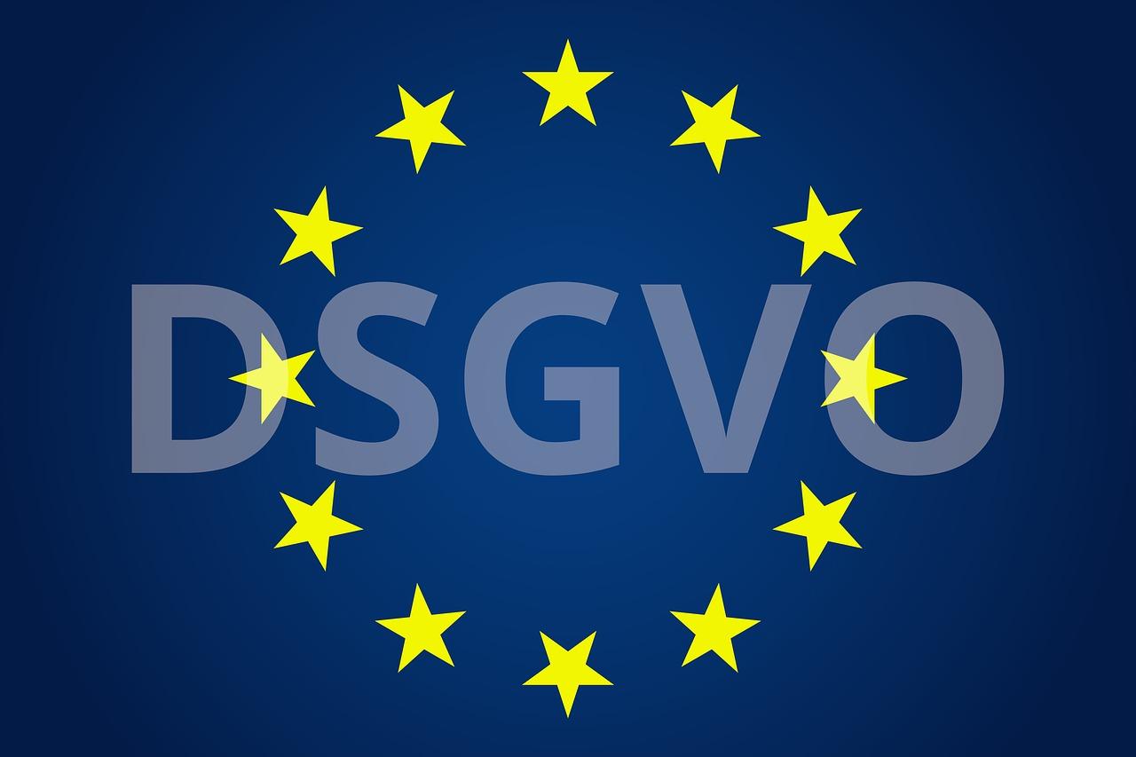 Das Recht auf Löschung reguliert den Umgang mit personenbezogenen Daten gemäß DSGVO. (Bild: pixabay.com/wattblicker) - DSGVO - Recht auf Vergessen